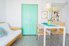 Échale un vistazo a este increíble alojamiento de Airbnb: Apartamento en el casco antiguo - Apartamentos en alquiler en Frigiliana https://www.airbnb.es/rooms/1879912
