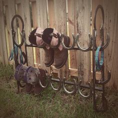 Cowboy boots storage Rustic boot storage by KadysKustomKrafts Horseshoe Projects, Horseshoe Crafts, Horseshoe Art, Horseshoe Ideas, Horseshoe Decorations, Antler Crafts, Western Decor, Country Decor, Rustic Decor