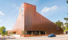 Finská kaple Suvela je kompletně celá obložena mědí