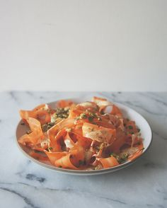 RAW CARROT SALAD //