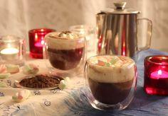 Kulinaari: Punaviinikaakao on talvi-iltojen hurmaaja Takana, Candle Jars, Candles, Panna Cotta, Tableware, Ethnic Recipes, Food, Dulce De Leche, Dinnerware