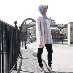 #Lookbook is now up on my YouTube channel for those of you who requested - detail of products and prices is in video description box xxx #hijab #hijabfashion