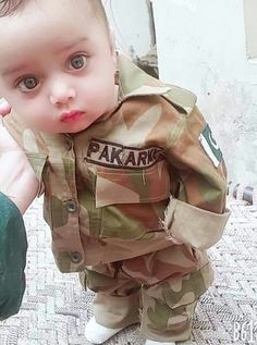 History Of Pakistan, Pakistan Zindabad, Female Fighter, Fighter Pilot, Army Poetry, Pak Army Quotes, Pak Army Soldiers, Army Pics, Pakistan Independence