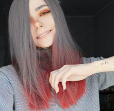She looks so unusual that it makes her so pretty Hair Inspo, Hair Inspiration, Pelo Multicolor, Rainbow Hair, Pretty Hairstyles, Pretty People, Dyed Hair, Hair Goals, Your Hair