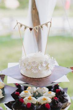 10 Super Sweet Small Wedding Cakes - Rustic Wedding Chic