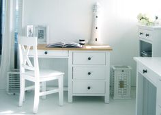 New England White Desk With Ash Top