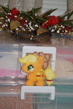 My Little Pony- Chibi Apple Jack Perler