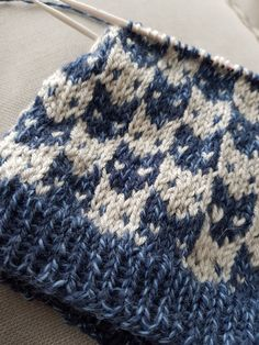 Baby Boy Knitting Patterns, Fair Isle Knitting Patterns, Knitting Stitches, Knitting Designs, Knitting Projects, Hand Knitting, Crochet For Kids, Crochet Baby, Knit Crochet