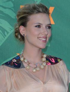 The sophisticated Scarlett Johansson ...  Moreish Celebrity...