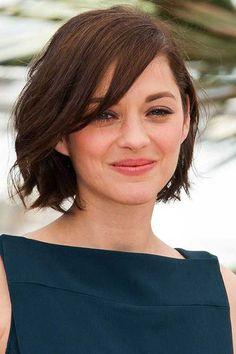 11. Curto corte de cabelo para a Rodada Faces