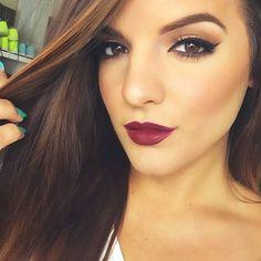 Loving the lip color: mac diva lipstick