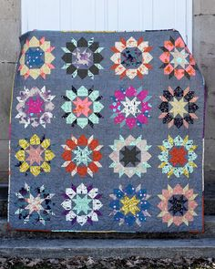 Welcome to the premiere of our Japanese Swoon Sixteen Quilt, freshly finished and ready to share. This quilt has been brewing for a long time in the imagination. Star Quilts, Quilt Blocks, Origami Quilt, Hawaiian Quilts, Quilt Patterns Free, Quilt Tutorials, Quilt Making, Japanese, Quilting