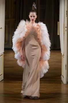 Alexis Mabille Couture Fall 2012. http://savoirflair.com/runway/paris-fashion-week-coverage-alexis-mabille-fall-2012-couture