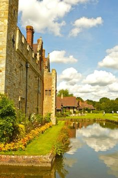 Hever Castle-moat, HEVER CASTLE originally the home of Anne Boleyn