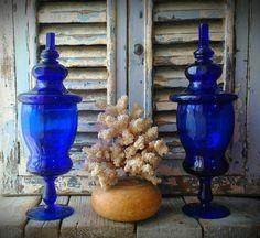 2 antichi vasi da farmacia in vetro soffiato blue cobalto Antique  Apothecary