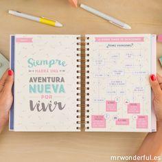 Agenda 2017 Día por página - Cosas por hacer y 365 historias por disfrutar #mrwonderfulshop #agendawonder Planners, Mr Wonderful, Notebook Design, Planner Inserts, Filofax, Diy And Crafts, Bullet Journal, Scrapbook, Lettering