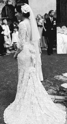 lovely lace wedding gown