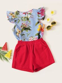 To find out about the Girls Ruffle Armhole Floral Top & Shorts Set at SHEIN, part of our latest Girls Two-piece Outfits ready to shop online today! Floral Tops, Tie Dye Shorts, Cute Outfits For Kids, Two Piece Outfit, How To Roll Sleeves, Jeans Dress, Girls Shopping, Shopping Bag, Fashion Kids