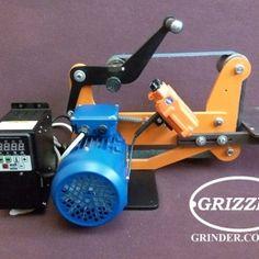 "гриндер Grizzly 2""/50"" оснащен двигателем 1,1 кВт."