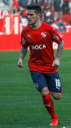 2017 Fabricio Bustos - Club Atlético Independiente de Avellaneda Messi, Kun Aguero, National League, Dragon Ball Gt, Competition, Soccer, Football, Club, Running