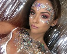 If you're an avid festival goer then you know finding quality gear is essential- especially if you're going to be camping for a couple days in inclement weather. Nothing's worse. Glitter Face, Glitter Girl, Glitter Makeup, Glitter Toms, Glittery Nails, Rave Music, Makeup Basic, Rave Make Up, Make Carnaval