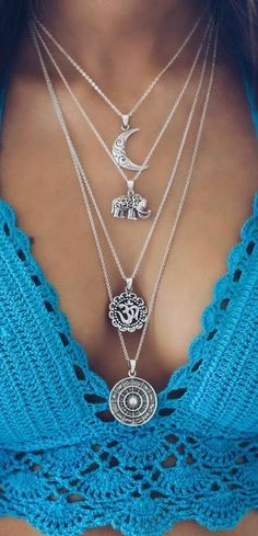 Boho clothes, jewelry and bags have rocked the fashion world. Boho has been immensely popular both with celebrities with masses alike. Let us look over on Boho Cute Jewelry, Body Jewelry, Silver Jewelry, Jewelry Accessories, Fashion Accessories, Fashion Jewelry, Silver Ring, Jewelry Shop, Jewelry Ideas