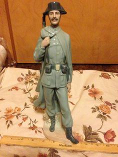 Lladro Spanish Policeman 4889 Great Condition Porcelain Figurine Soldier