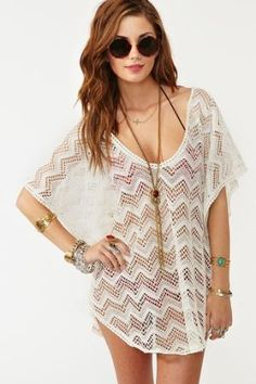 Adorable cover-up for the beach. As if I ever go to the beach. But still. Adorable.