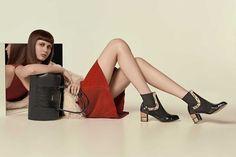 Sapatos feitos sob medida ganham sempre um charme especial. É o caso dos acessórios da Ferri há 34 anos no mercado e com uma rica trajetória pautada pelo luxo alinhado à qualidade. Para os dias frios a marca aposta na bota de python com salto em marchetaria e acrílico. Atualize a wish list! #promovogue  via VOGUE BRASIL MAGAZINE OFFICIAL INSTAGRAM - Fashion Campaigns  Haute Couture  Advertising  Editorial Photography  Magazine Cover Designs  Supermodels  Runway Models