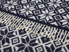 navy/cream reversible snowflake blanket