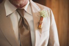 rustic country wedding, shot gun shell boutineers, twine and jute, baby's breath wedding, arkansas wedding photography, simply bliss photography www.simplyblissphotos.com