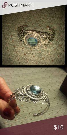 Handcrafted bracelet So pretty ,aquamarine colored stone on a filigree band Jewelry Bracelets