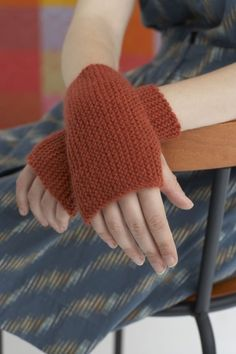 Arm Warmers - free pattern at Lion Brand