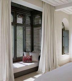 Interior Architecture, Interior And Exterior, Room Interior, Tadelakt, Bedroom Windows, Bedroom Nook, Master Bedroom, Bay Windows, Windows Decor