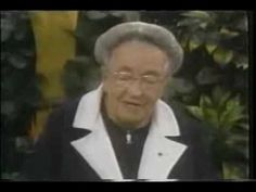 Corrie Ten Boom - Talking about prayer, forgiveness and things to come Strong Faith, Faith In God, Christian Videos, Christian Music, Elizabeth Elliot, Corrie Ten Boom, Believe In Miracles, Prayer Warrior, Mother Teresa