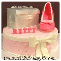 Channel purse cake by www.wickedcakegirls.com