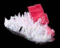 Rhodochrosite on Quartz with Hubnerite from Colorado