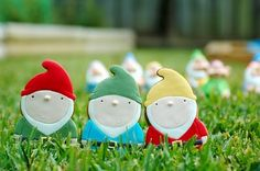 The Cupcake Gallery Blog: Gnome and Toadstool Cookies