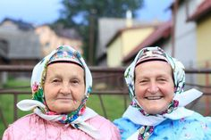 Lendak, Slovakia - a town that still carries on traditions in everyday life. These two ladies (with one other) sang to us after Mass. Tatra Mountains, Two Ladies, Folk Clothing, Big Country, One And Other, Traditional Outfits, Old And New, Beautiful World, Vintage Photos