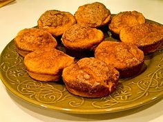 cinnamon sweet potato muffins - maybe it's because the sweet potato wasn't as mashed as it should have been, but these were not very good. Yummy Snacks, Yummy Treats, Healthy Snacks, Sweet Treats, Snack Recipes, Yummy Food, Sweet Potato Cinnamon, Sweet Potato Muffins, Clean Recipes
