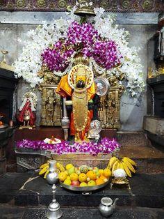 Lord Murugan Wallpapers, Lakshmi Images, Pooja Rooms, Hindu Art, Indian Gods, Lord Krishna, Sacred Art, Ganesh, Table Decorations