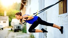 This Challenging TRX Workout Will Revamp Your Boring Gym RoutineThe gym is filled with tons of complex machines, all designed to tighten and tone various areas of your body. With so many flashy options to choose f. Suspension Workout, Trx Suspension Trainer, Suspension Training, Best Weight Loss, Weight Loss Tips, Trx Training, Weight Training, Gym Routine, Fitness Tips