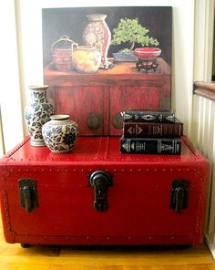 Painted old trunk - beautiful in red... Guess what I'm doing on my day off?