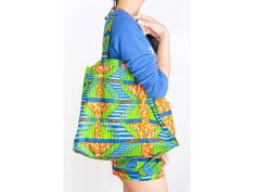 Green carry all shopper. #tote
