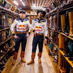 Max Verstappen and Daniel Ricciardo at the US GP, 2018 Daniel Ricciardo, Formula 1 Car, Red Bull Racing, F1 Drivers, World Of Sports, Dream Team, Honda, Suits, Mad Max