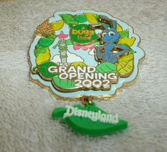 Disneyland Pins, Disney Pins, Grand Opening, The Collector, Bugs, Christmas Ornaments, Holiday Decor, Opening Day, Beetles