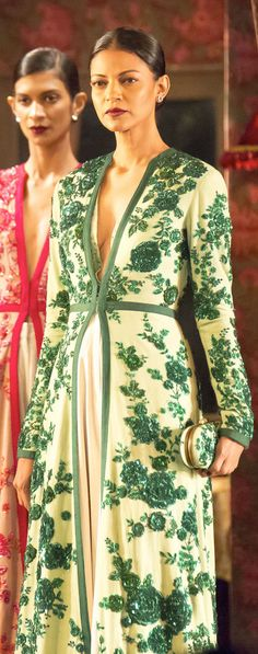 [[Sabyasachi~❤。An Exquisite Clothing World]]