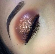 Eye Makeup Tips.Smokey Eye Makeup Tips - For a Catchy and Impressive Look Pretty Makeup, Love Makeup, Makeup Inspo, Makeup Inspiration, Makeup Style, Kiss Makeup, Makeup Art, Hair Makeup, Halo Eye Makeup
