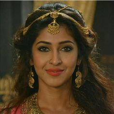 Beautiful Girl Image, Simply Beautiful, Beautiful People, Bombshell Makeup, Sonarika Bhadoria, Cute Celebrities, Celebs, Most Beautiful Indian Actress, Cute Beauty