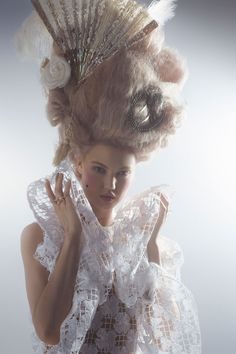 Lindsey Wixson channels Marie Antoinette wearing couture gowns for the latest issue of US Harpers Bazaar shot by Karl Lagerfeld, styled by Amanda Harlech. Lindsey Wixson, Marie Antoinette, Mode Rococo, Amanda Harlech, Dior Haute Couture, Harpers Bazaar, Karl Lagerfeld, Editorial Fashion, Editorial Design